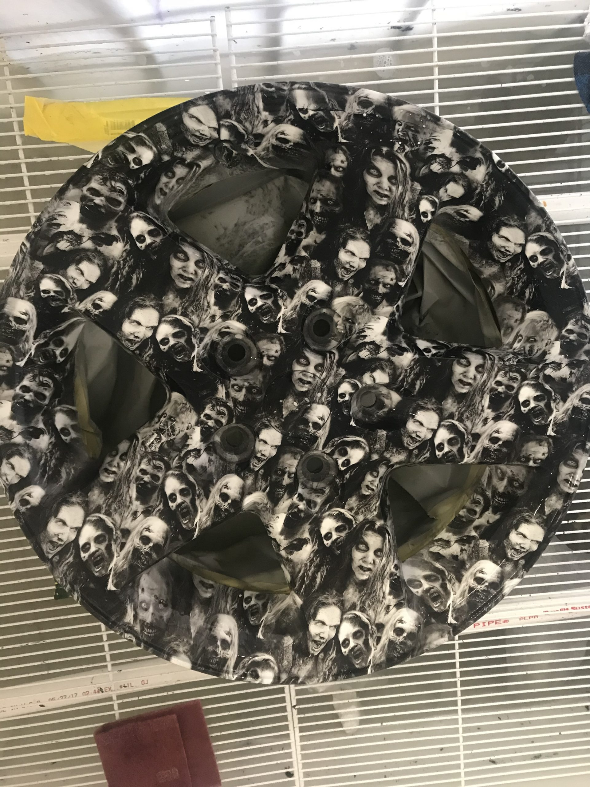 Hydrographics film pricing dipped with zombie film on rim